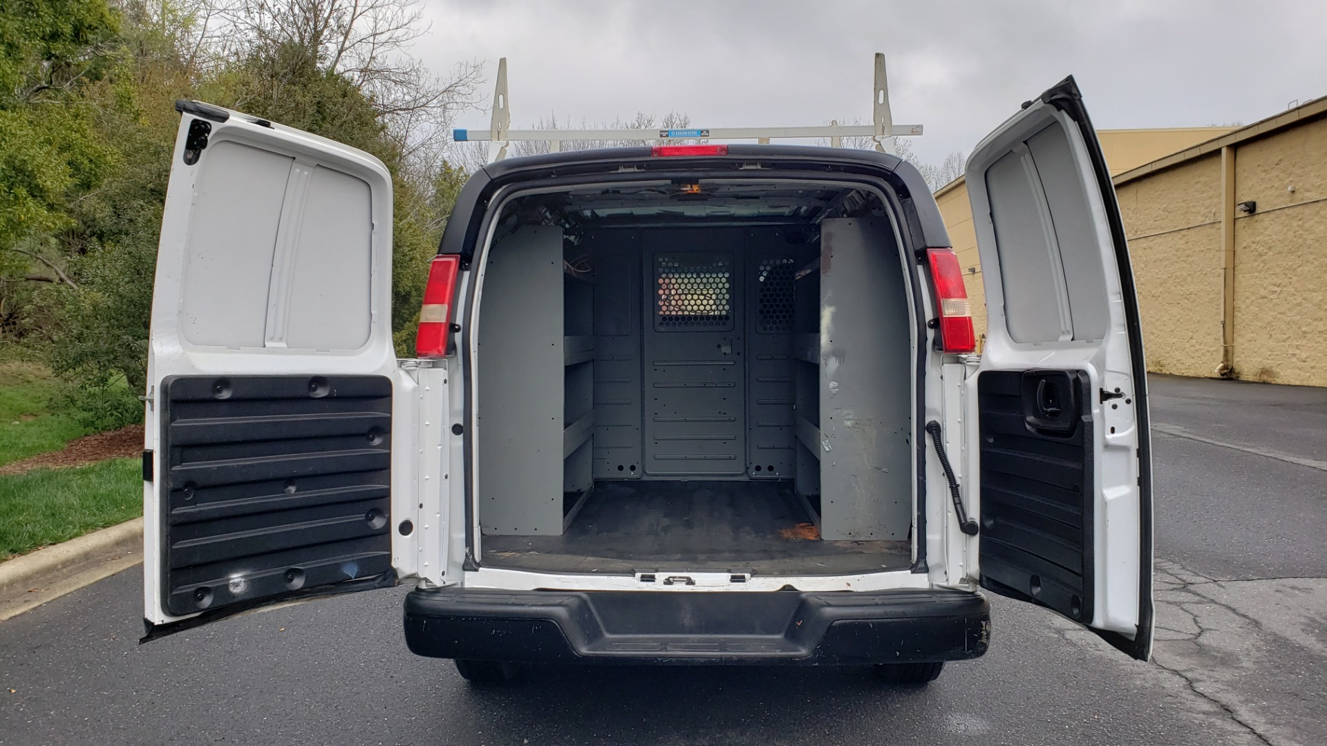 Used 2012 Chevrolet EXPRESS CARGO VAN V6 / AUTO RWD / ROOF RACK / STORAGE RACKS for sale Sold at Formula Imports in Charlotte NC 28227 38