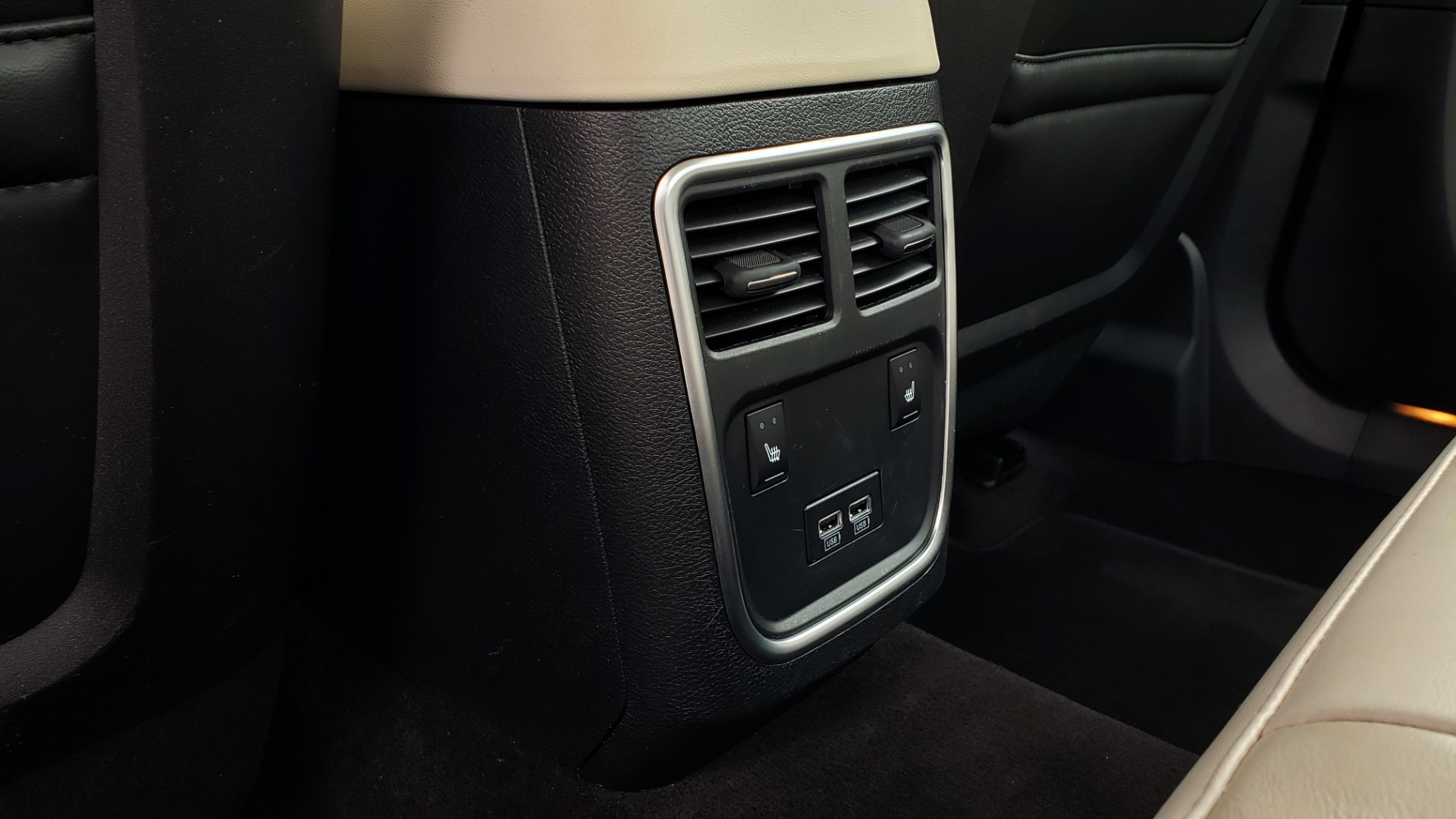 Used 2019 Chrysler 300 LIMITED / 3.6L V6 / 8-SPD AUTO / LEATHER / REARVIEW for sale Sold at Formula Imports in Charlotte NC 28227 65