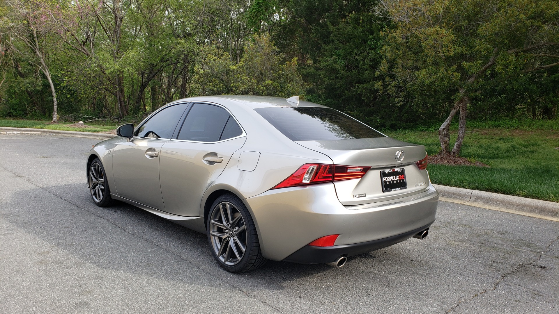 Used 2016 Lexus IS 200T F-SPORT / BSM / SUNROOF / VENTILATED SEATS / REARVIEW for sale Sold at Formula Imports in Charlotte NC 28227 3