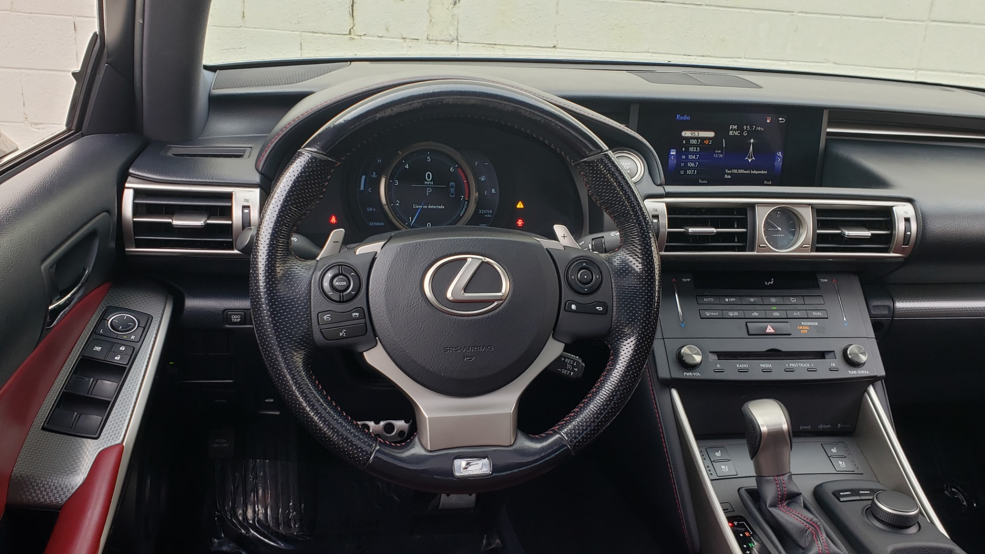 Used 2016 Lexus IS 200T F-SPORT / BSM / SUNROOF / VENTILATED SEATS / REARVIEW for sale Sold at Formula Imports in Charlotte NC 28227 36