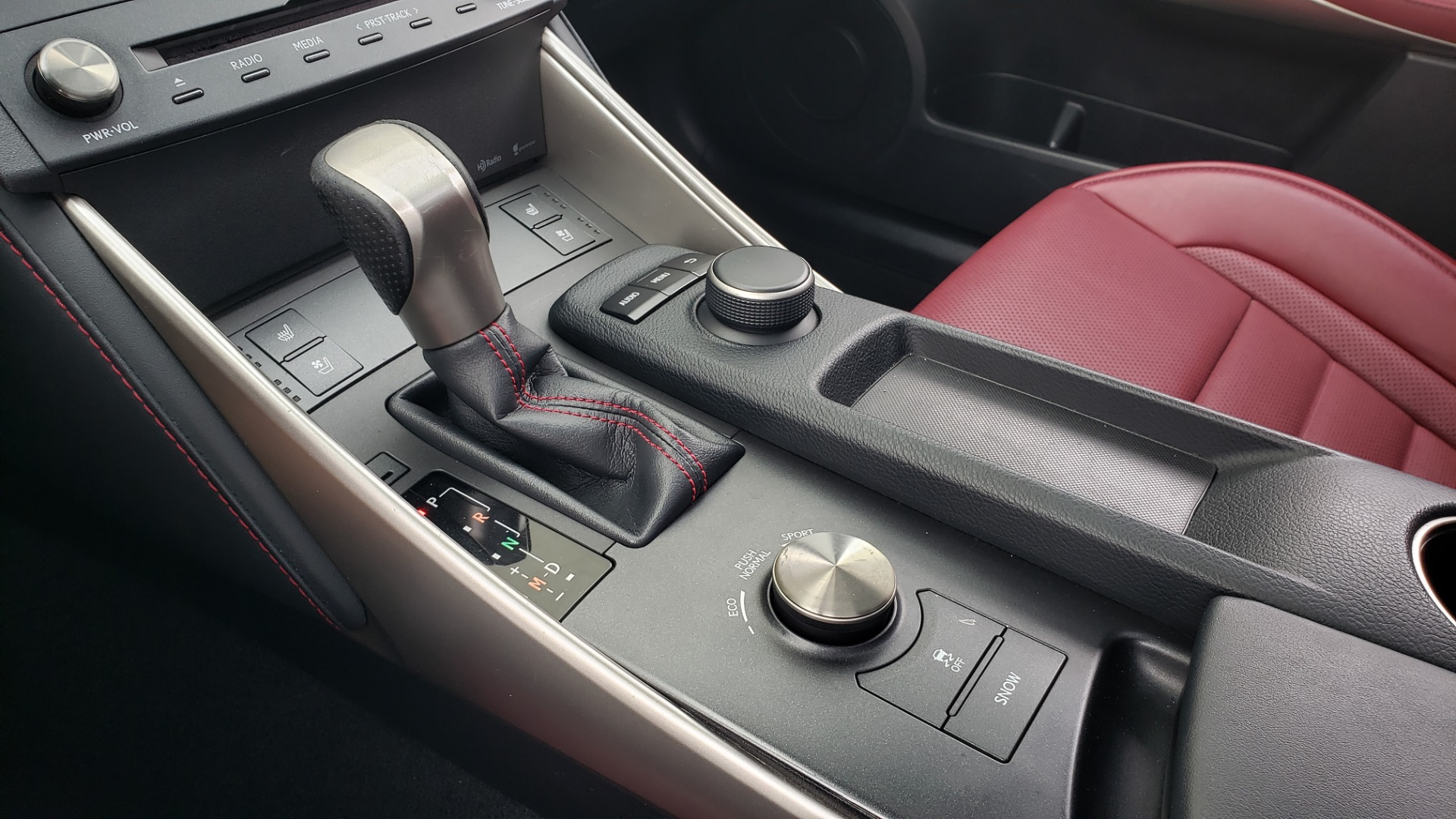 Used 2016 Lexus IS 200T F-SPORT / BSM / SUNROOF / VENTILATED SEATS / REARVIEW for sale Sold at Formula Imports in Charlotte NC 28227 46