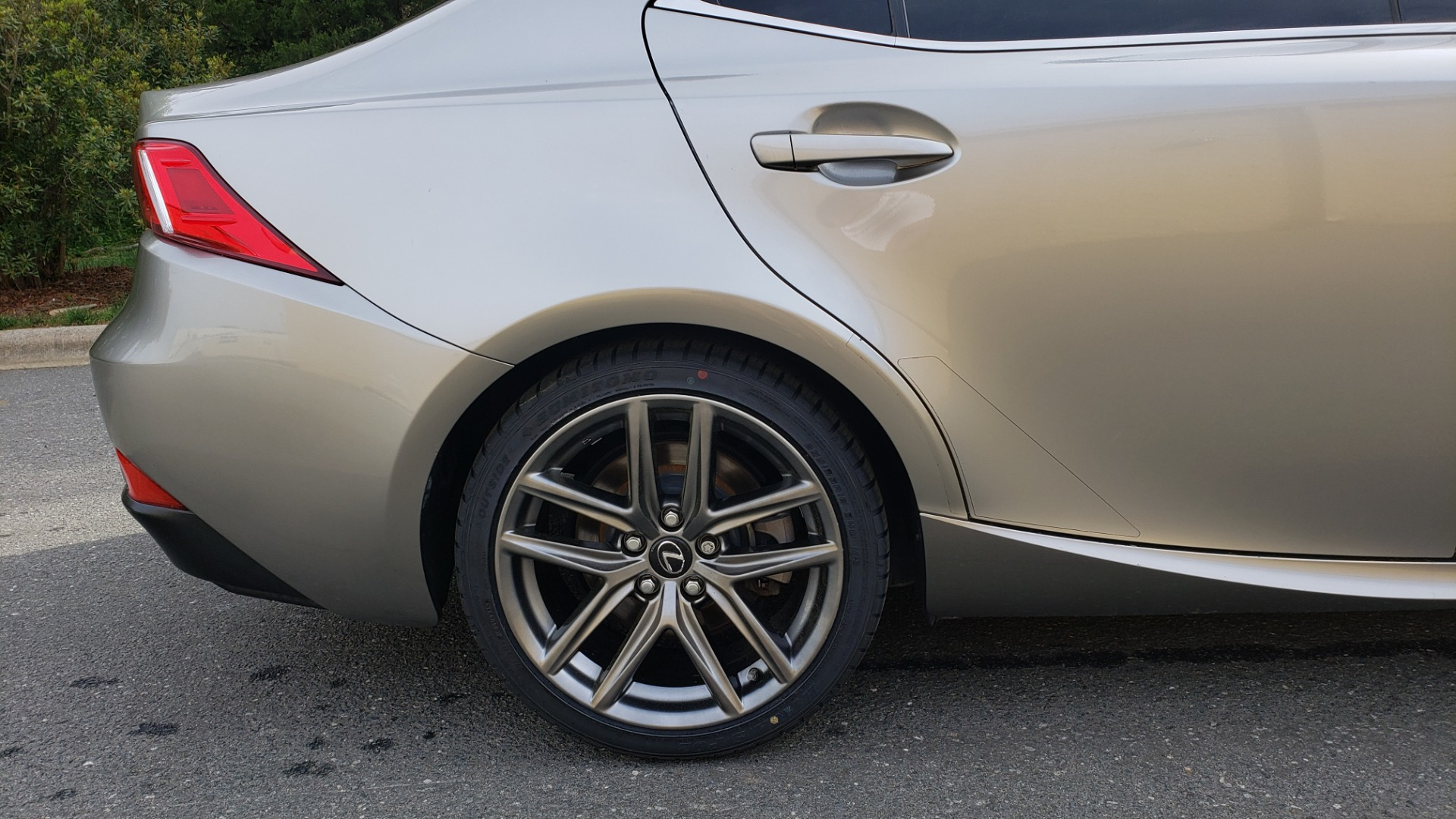 Used 2016 Lexus IS 200T F-SPORT / BSM / SUNROOF / VENTILATED SEATS / REARVIEW for sale Sold at Formula Imports in Charlotte NC 28227 76