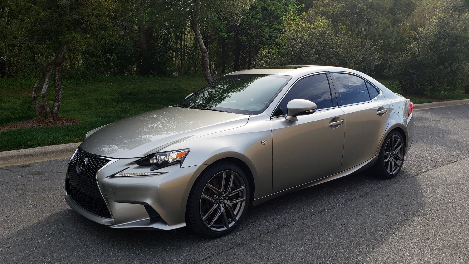Used 2016 Lexus IS 200T F-SPORT / BSM / SUNROOF / VENTILATED SEATS / REARVIEW for sale Sold at Formula Imports in Charlotte NC 28227 1