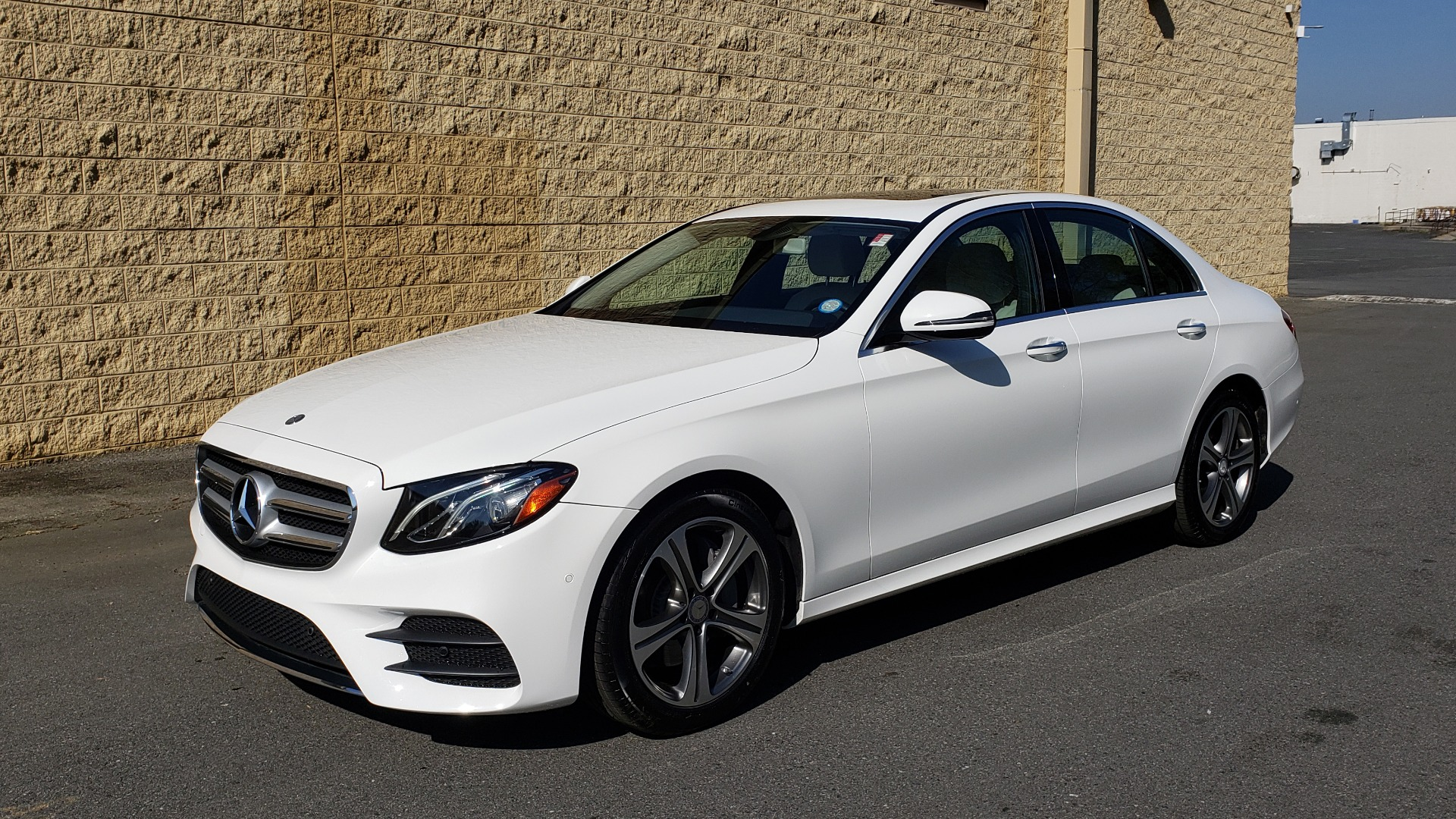 Used 2017 Mercedes-Benz E-Class E 300 PREMIUM / RWD / NAV / SNF / PARKING PILOT / REARVIEW / BURMESTER for sale Sold at Formula Imports in Charlotte NC 28227 1
