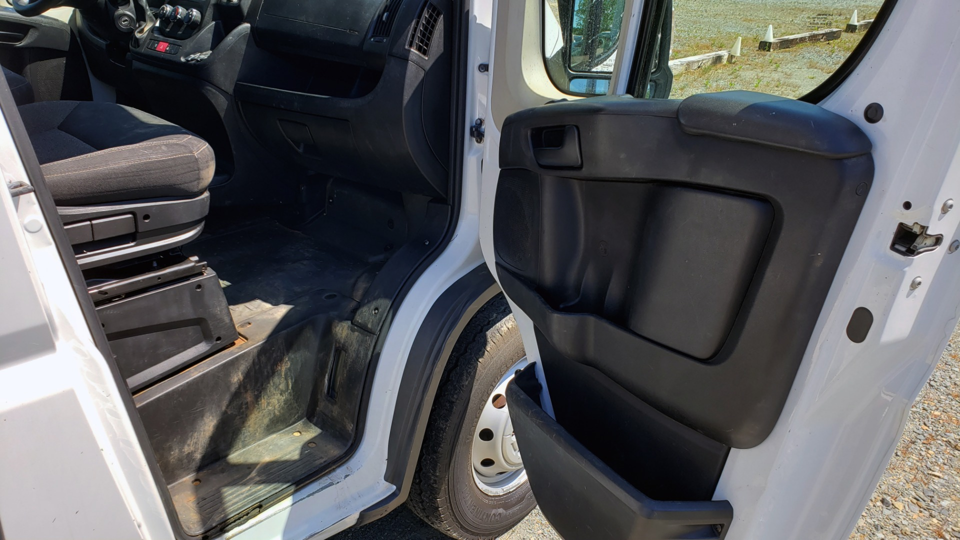 Used 2014 Ram PROMASTER CARGO VAN ROOF RACK / STORAGE for sale $14,000 at Formula Imports in Charlotte NC 28227 16