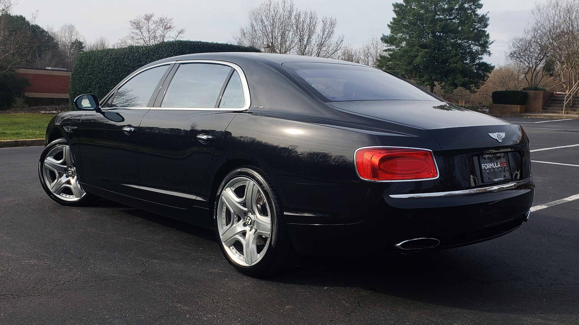 Used 2014 Bentley Flying Spur W12 / 8-SPD / AWD / NAV / MULLINER DRIVING SPEC for sale Sold at Formula Imports in Charlotte NC 28227 3