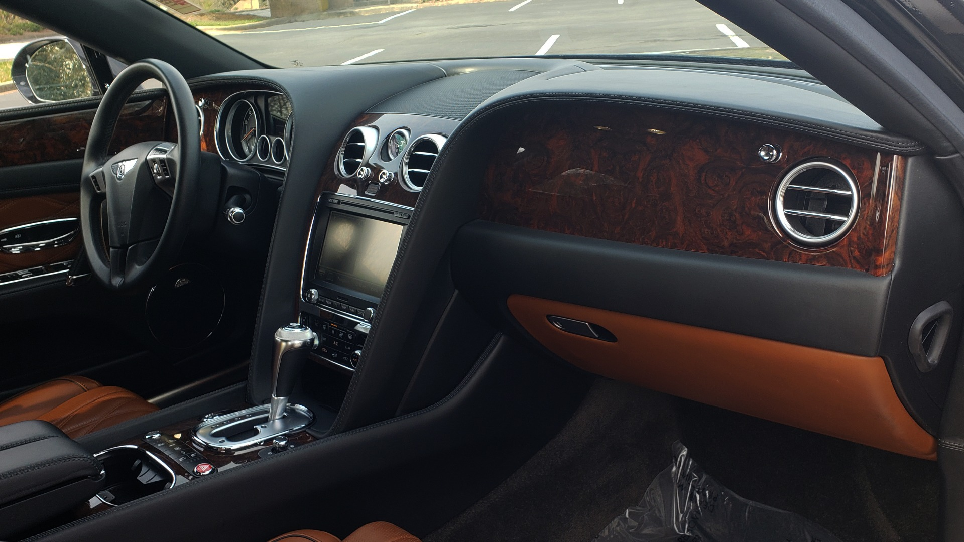 Used 2014 Bentley Flying Spur W12 / 8-SPD / AWD / NAV / MULLINER DRIVING SPEC for sale Sold at Formula Imports in Charlotte NC 28227 74
