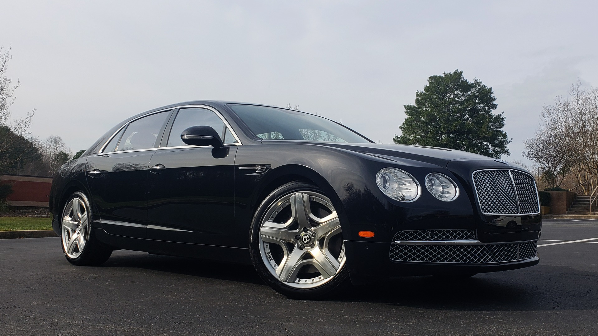 Used 2014 Bentley Flying Spur W12 / 8-SPD / AWD / NAV / MULLINER DRIVING SPEC for sale Sold at Formula Imports in Charlotte NC 28227 8