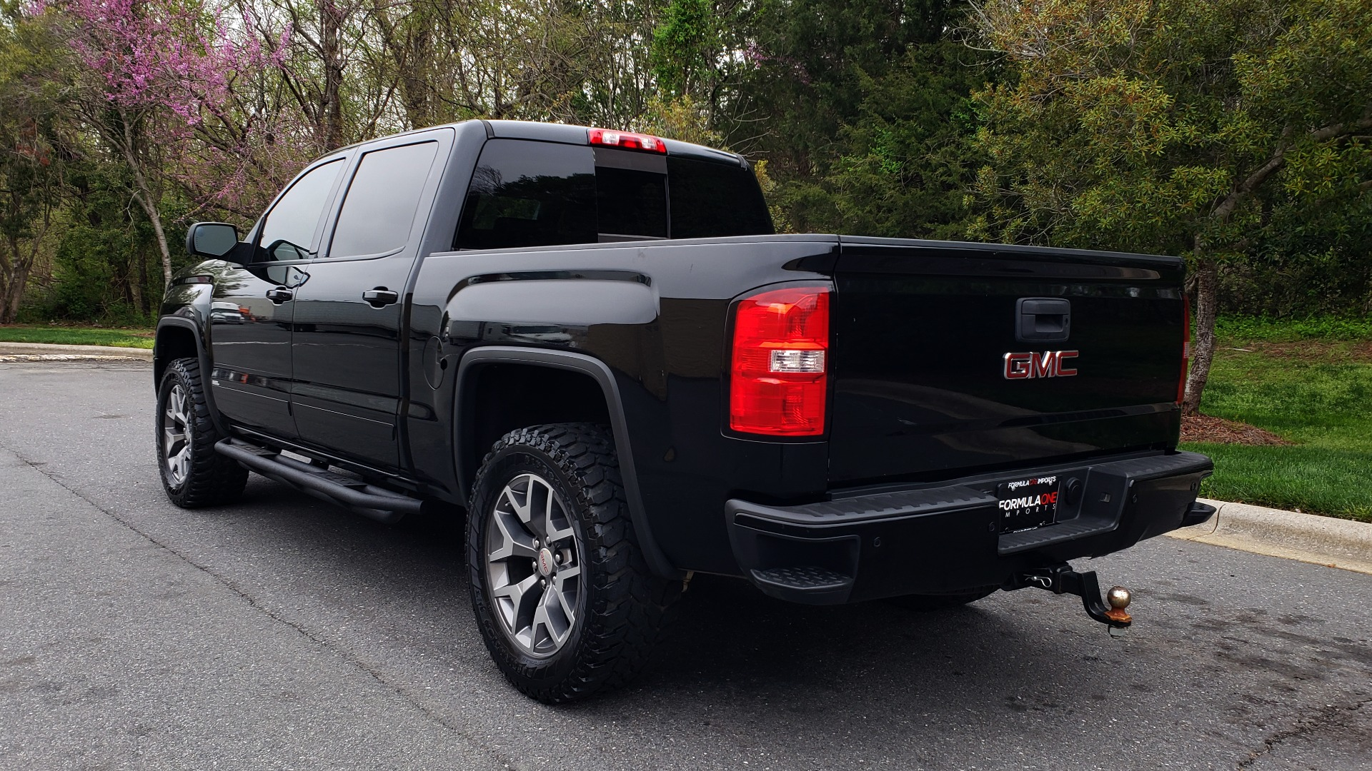Used 2015 GMC SIERRA 1500 SLT 4WD CREW CAB / 6.2L V8 / NAV / BOSE / REARVIEW for sale Sold at Formula Imports in Charlotte NC 28227 3
