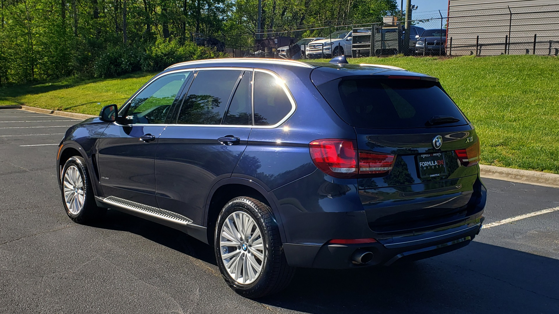 Used 2017 BMW X5 XDRIVE35I PREMIUM / LUXURY / NAV / SUNROOF / REARVIEW for sale $31,995 at Formula Imports in Charlotte NC 28227 3