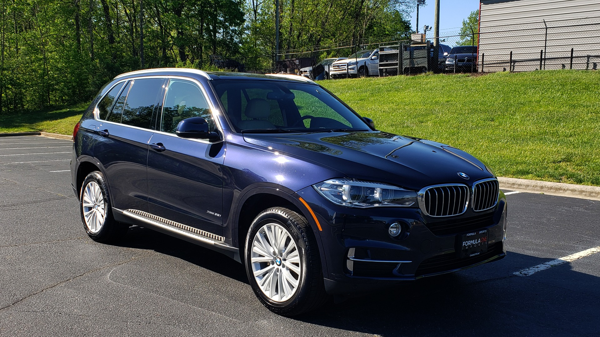 Used 2017 BMW X5 XDRIVE35I PREMIUM / LUXURY / NAV / SUNROOF / REARVIEW for sale $31,995 at Formula Imports in Charlotte NC 28227 4