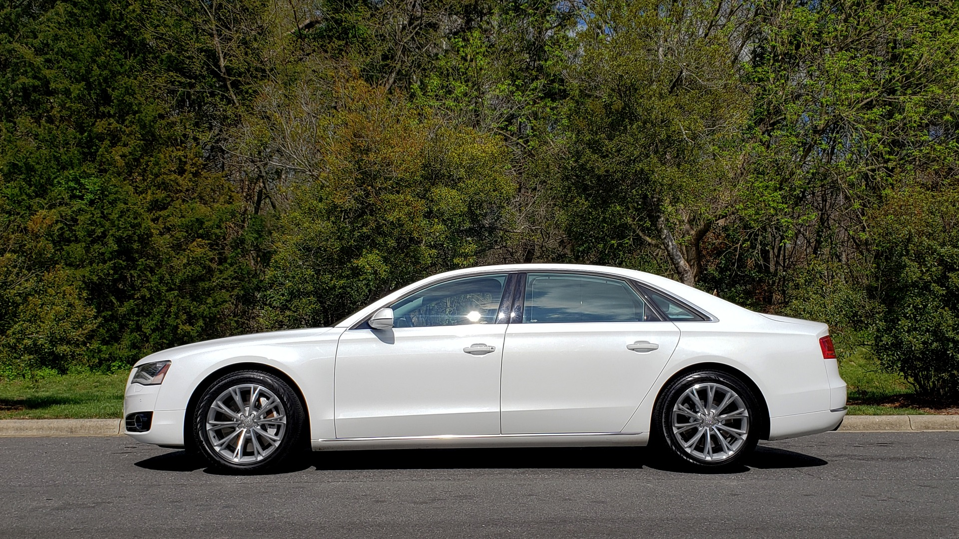 Used 2011 Audi A8 L QUATTRO / NAV / PANO-ROOF / REARVIEW / BSM / B&O SND for sale Sold at Formula Imports in Charlotte NC 28227 2