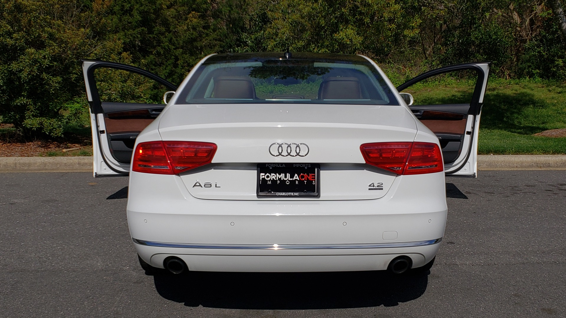 Used 2011 Audi A8 L QUATTRO / NAV / PANO-ROOF / REARVIEW / BSM / B&O SND for sale Sold at Formula Imports in Charlotte NC 28227 28