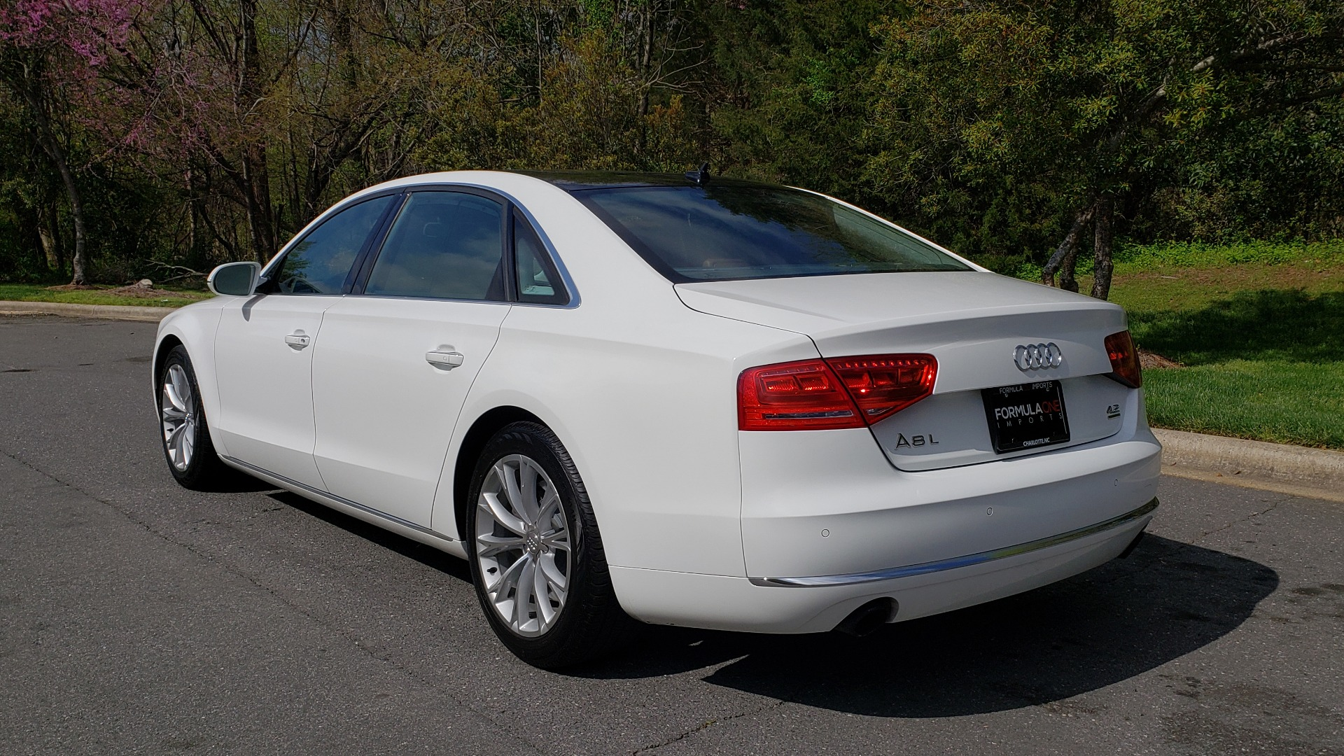 Used 2011 Audi A8 L QUATTRO / NAV / PANO-ROOF / REARVIEW / BSM / B&O SND for sale Sold at Formula Imports in Charlotte NC 28227 3