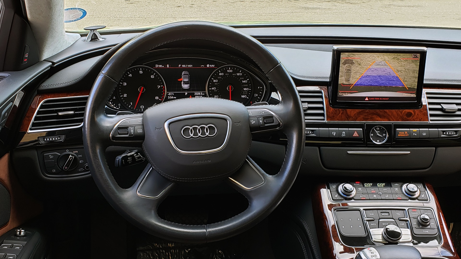 Used 2011 Audi A8 L QUATTRO / NAV / PANO-ROOF / REARVIEW / BSM / B&O SND for sale Sold at Formula Imports in Charlotte NC 28227 41