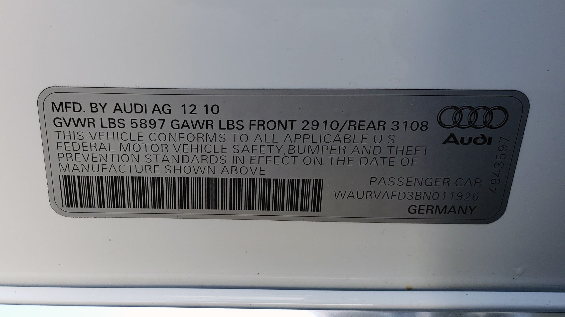 Used 2011 Audi A8 L QUATTRO / NAV / PANO-ROOF / REARVIEW / BSM / B&O SND for sale Sold at Formula Imports in Charlotte NC 28227 99