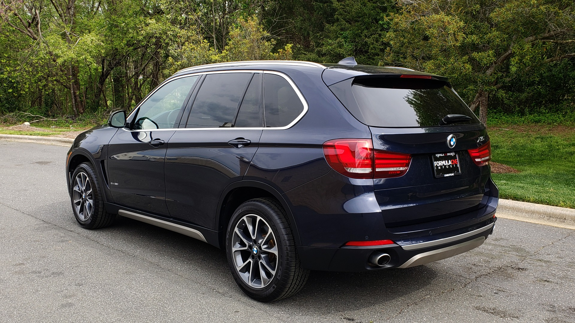 Used 2017 BMW X5 XDRIVE35I PREMIUM / NAV / SUNROOF/ CLD WTHR / HARMAN/KARDON / REARVIEW for sale $30,595 at Formula Imports in Charlotte NC 28227 3