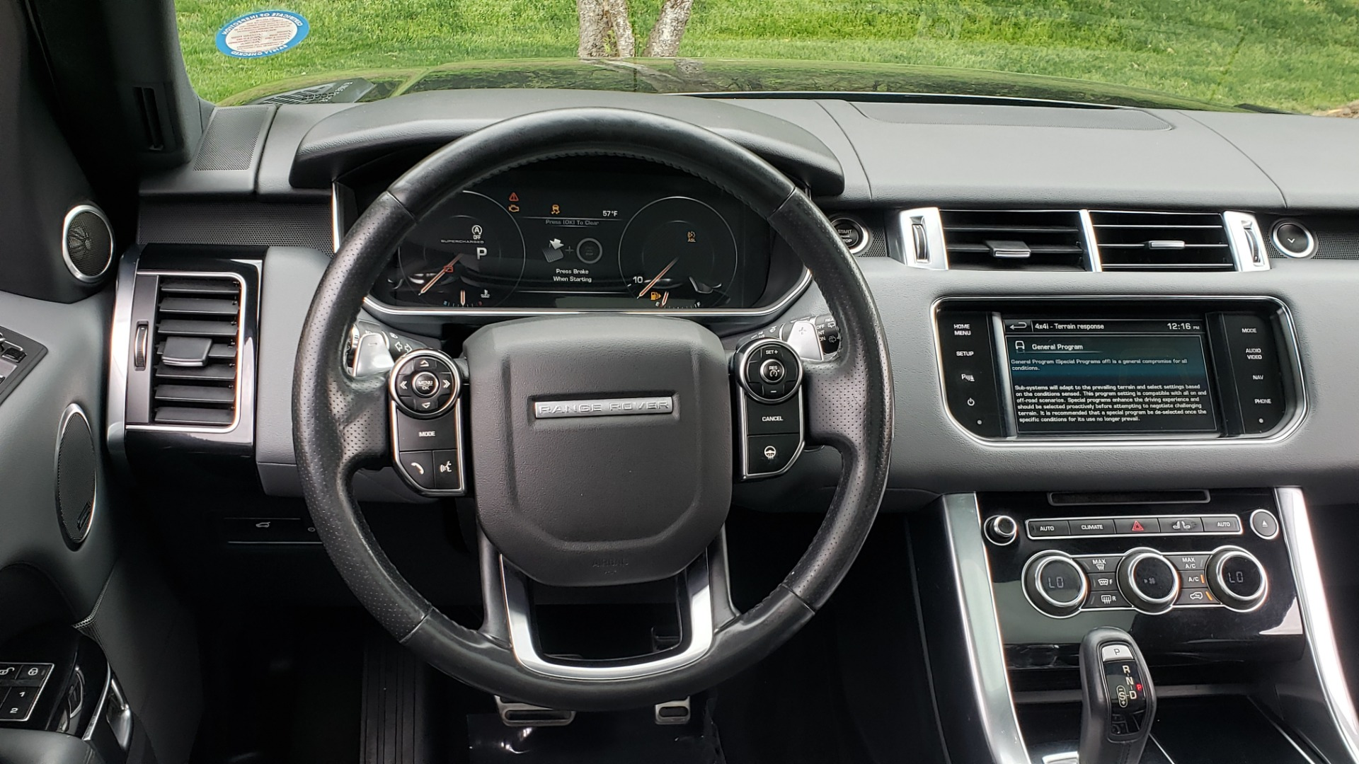 Used 2015 Land Rover RANGE ROVER SPORT SC V8 DYNAMIC / NAV / PANO-ROOF / DRVR ASST / REARVIEW for sale Sold at Formula Imports in Charlotte NC 28227 39