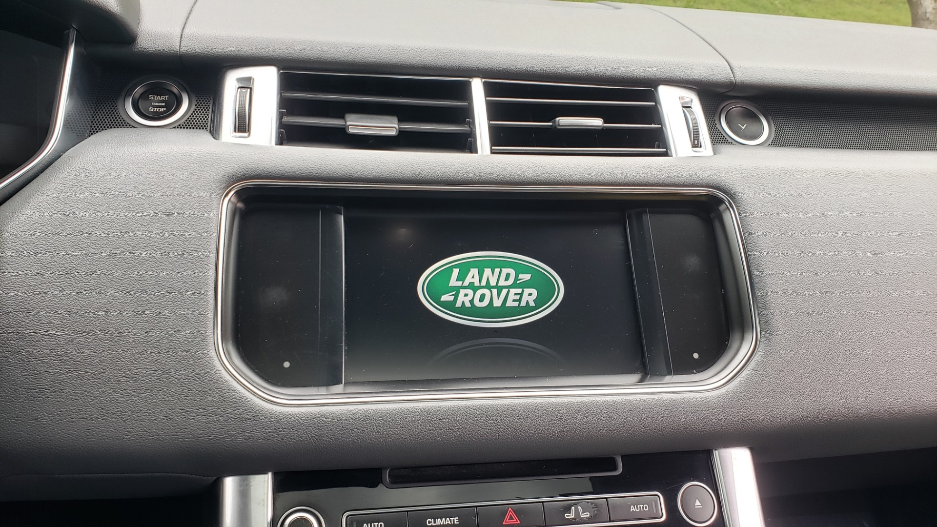 Used 2015 Land Rover RANGE ROVER SPORT SC V8 DYNAMIC / NAV / PANO-ROOF / DRVR ASST / REARVIEW for sale Sold at Formula Imports in Charlotte NC 28227 50
