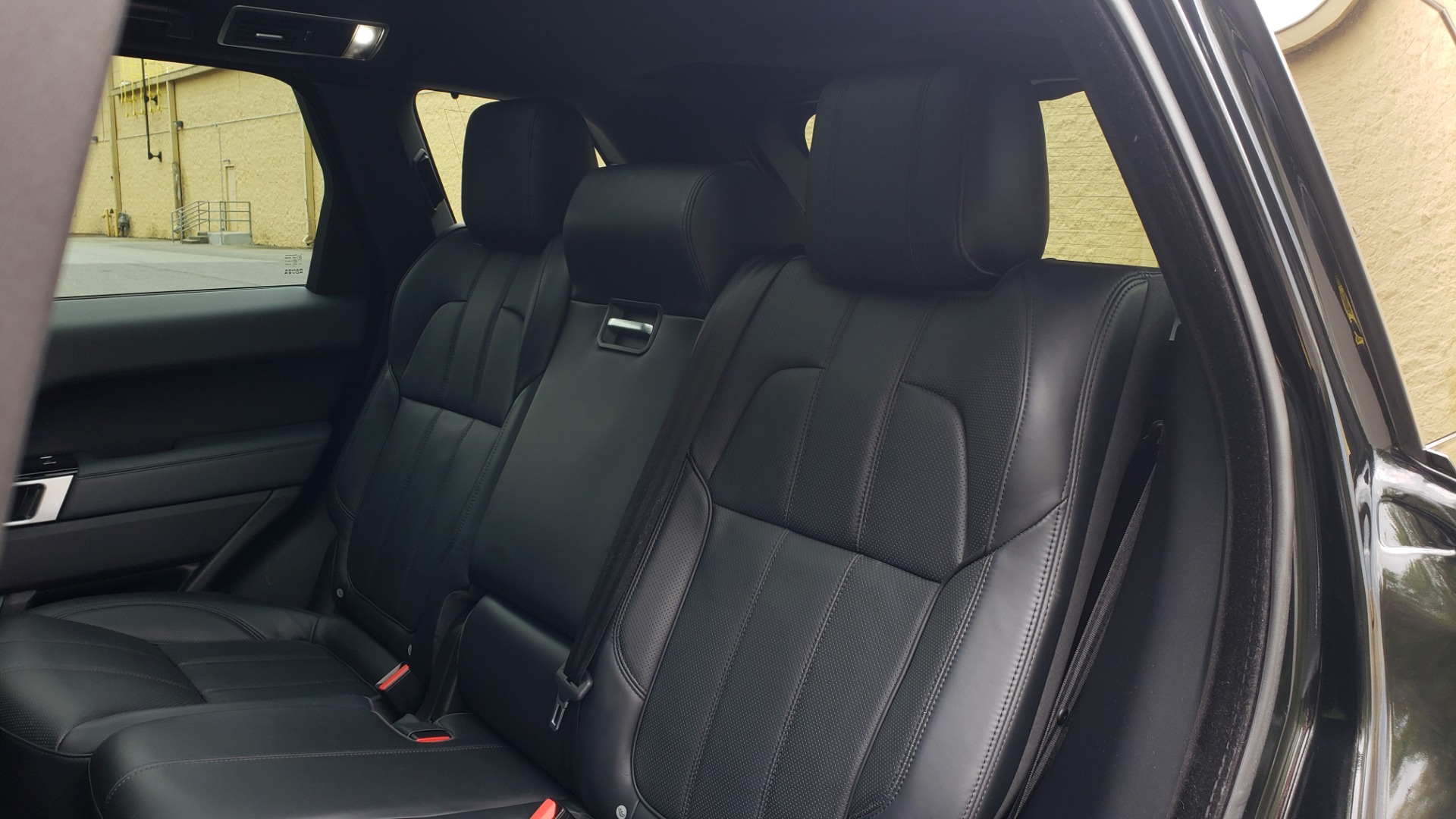 Used 2015 Land Rover RANGE ROVER SPORT SC V8 DYNAMIC / NAV / PANO-ROOF / DRVR ASST / REARVIEW for sale Sold at Formula Imports in Charlotte NC 28227 65