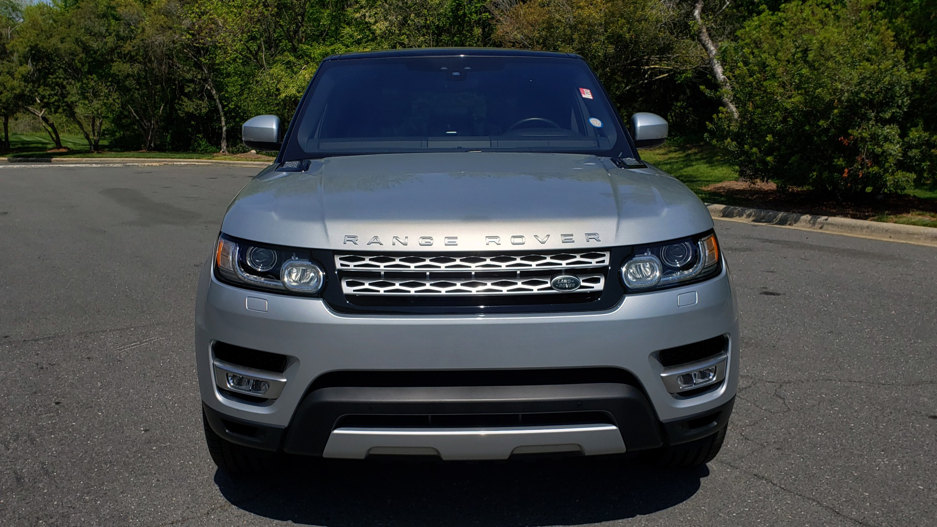 Used 2017 Land Rover RANGE ROVER SPORT HSE / SC V6 / 4X4 / NAV / PANO-ROOF / REARVIEW for sale $43,995 at Formula Imports in Charlotte NC 28227 19