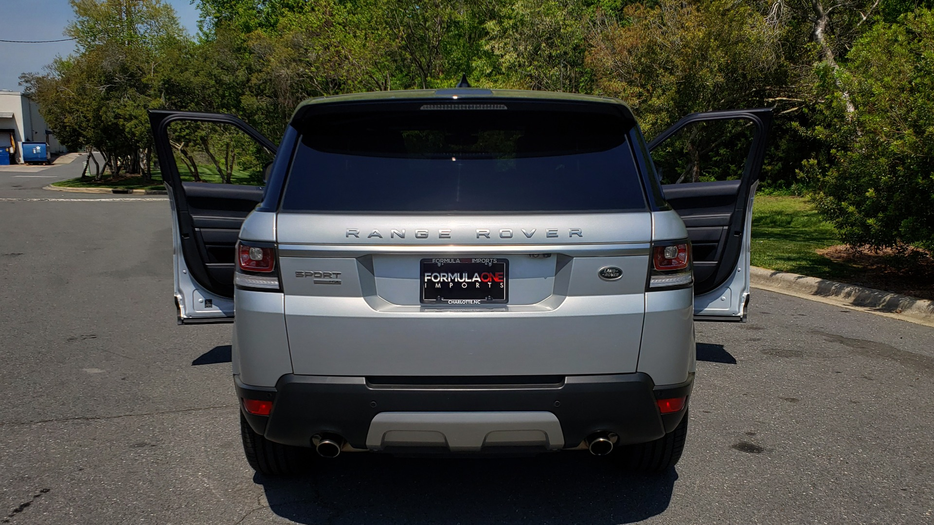 Used 2017 Land Rover RANGE ROVER SPORT HSE / SC V6 / 4X4 / NAV / PANO-ROOF / REARVIEW for sale Sold at Formula Imports in Charlotte NC 28227 27