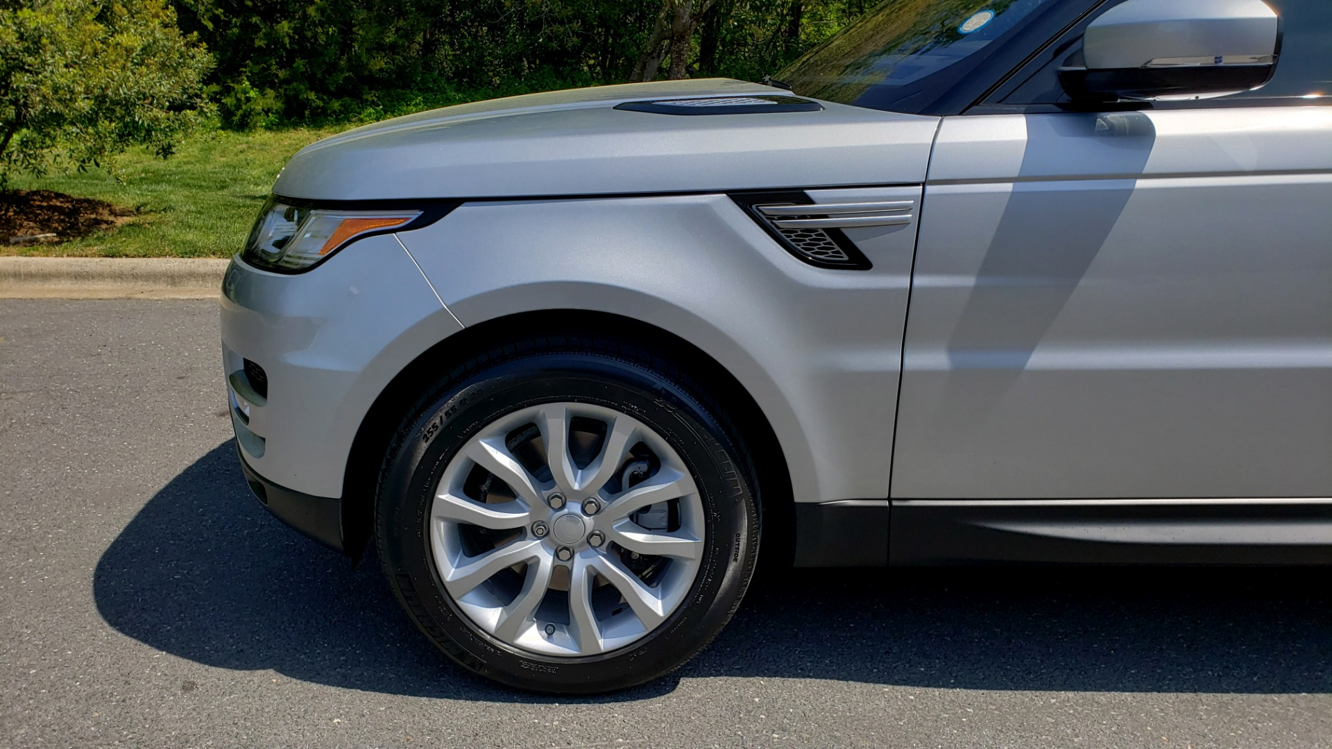 Used 2017 Land Rover RANGE ROVER SPORT HSE / SC V6 / 4X4 / NAV / PANO-ROOF / REARVIEW for sale $43,995 at Formula Imports in Charlotte NC 28227 82