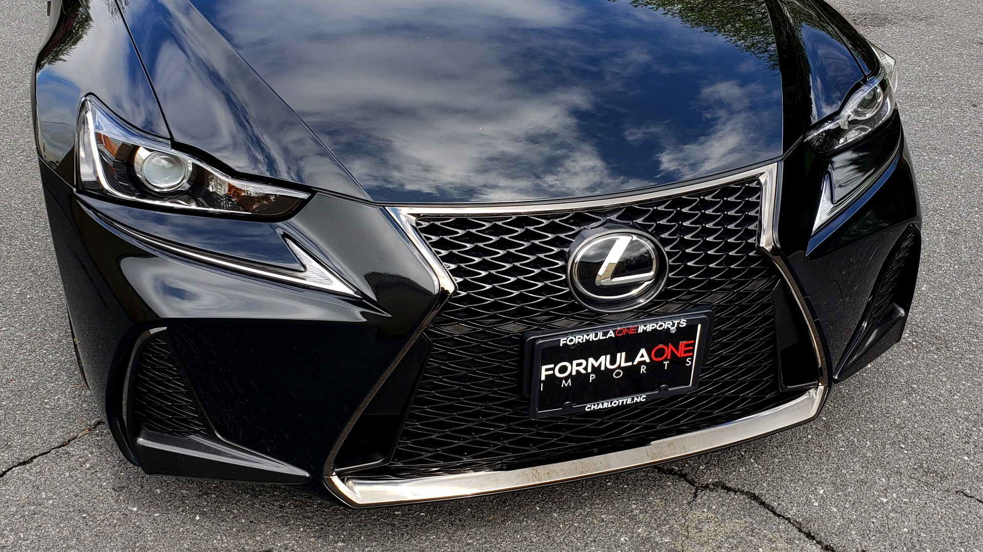 Used 2017 Lexus IS 300 F SPORT AWD / NAV / SUNROOF / REARVIEW / VENT SEATS / BSM for sale Sold at Formula Imports in Charlotte NC 28227 18