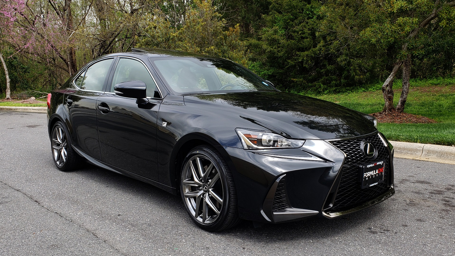 Used 2017 Lexus IS 300 F SPORT AWD / NAV / SUNROOF / REARVIEW / VENT SEATS / BSM for sale Sold at Formula Imports in Charlotte NC 28227 4