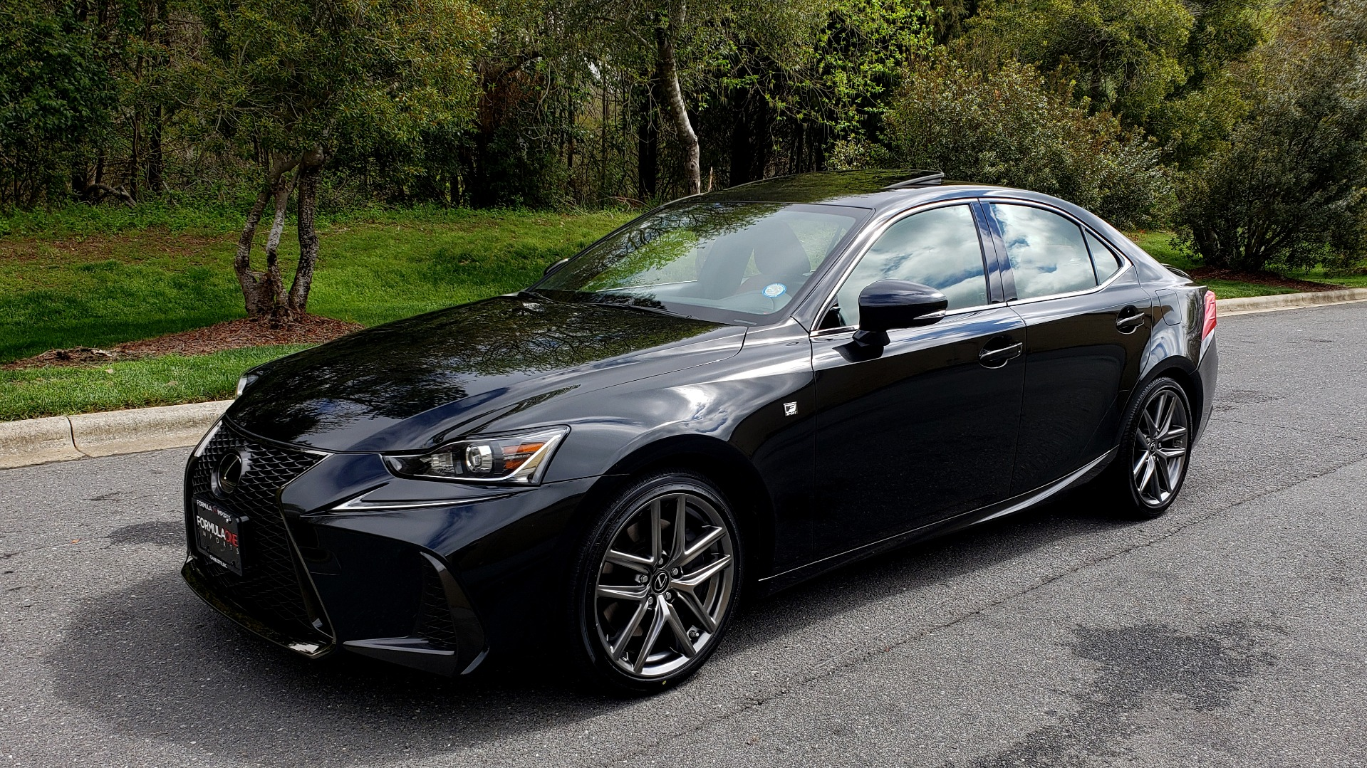 Used 2017 Lexus IS 300 F SPORT AWD / NAV / SUNROOF / REARVIEW / VENT SEATS / BSM for sale Sold at Formula Imports in Charlotte NC 28227 1
