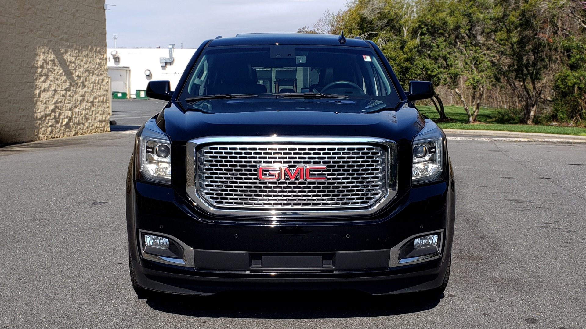 Used 2016 GMC YUKON DENALI 4WD / OPEN ROAD / NAV / ENTERTAINMENT / 3-ROW for sale Sold at Formula Imports in Charlotte NC 28227 18