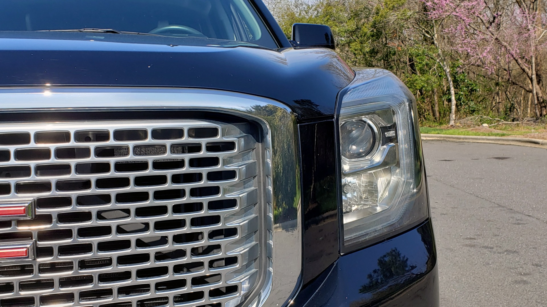 Used 2016 GMC YUKON DENALI 4WD / OPEN ROAD / NAV / ENTERTAINMENT / 3-ROW for sale Sold at Formula Imports in Charlotte NC 28227 20