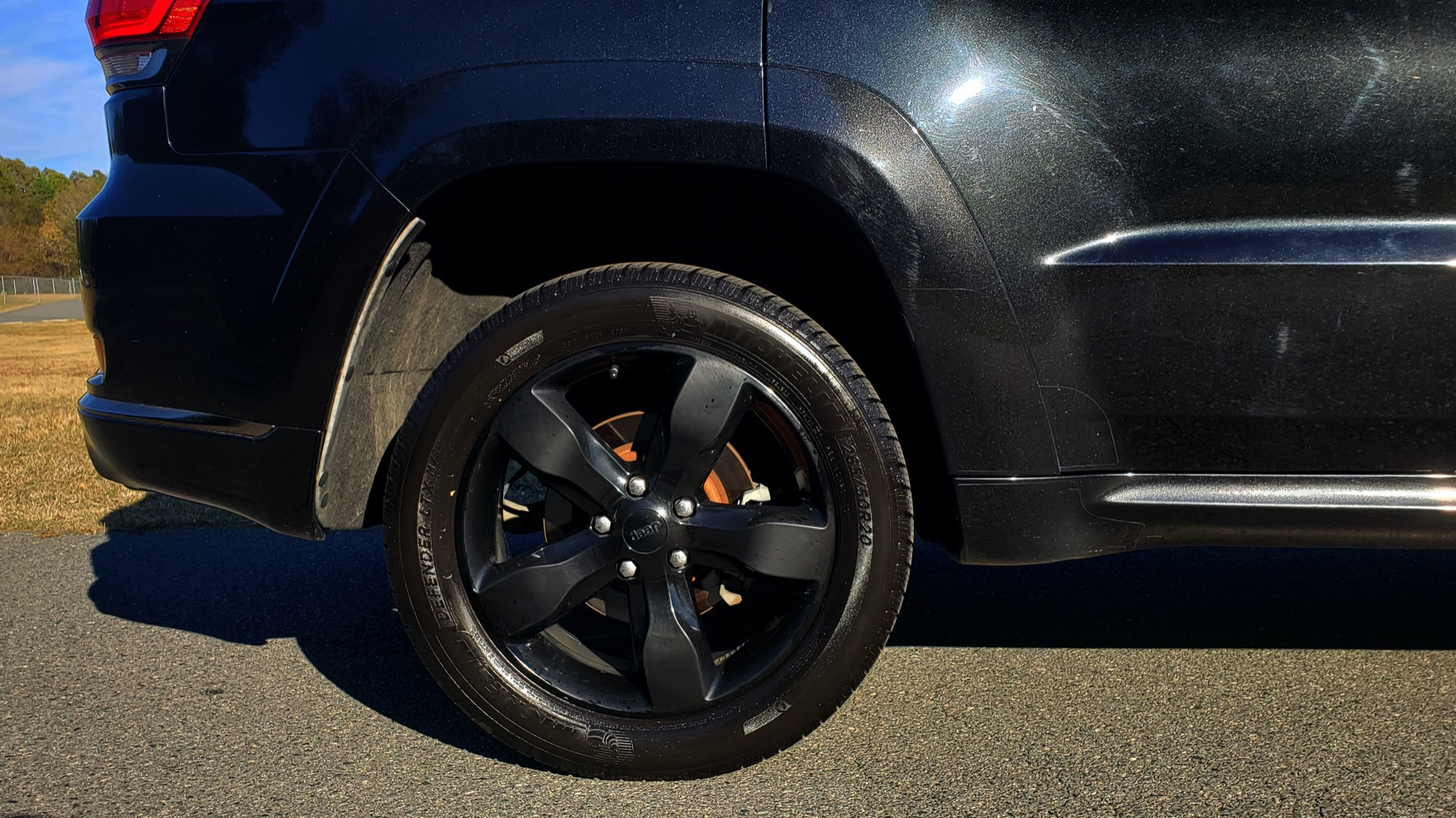 Used 2015 Jeep GRAND CHEROKEE HIGH ALTITUDE / NAV / SUNROOF / REARVIEW / TOW PKG for sale Sold at Formula Imports in Charlotte NC 28227 12