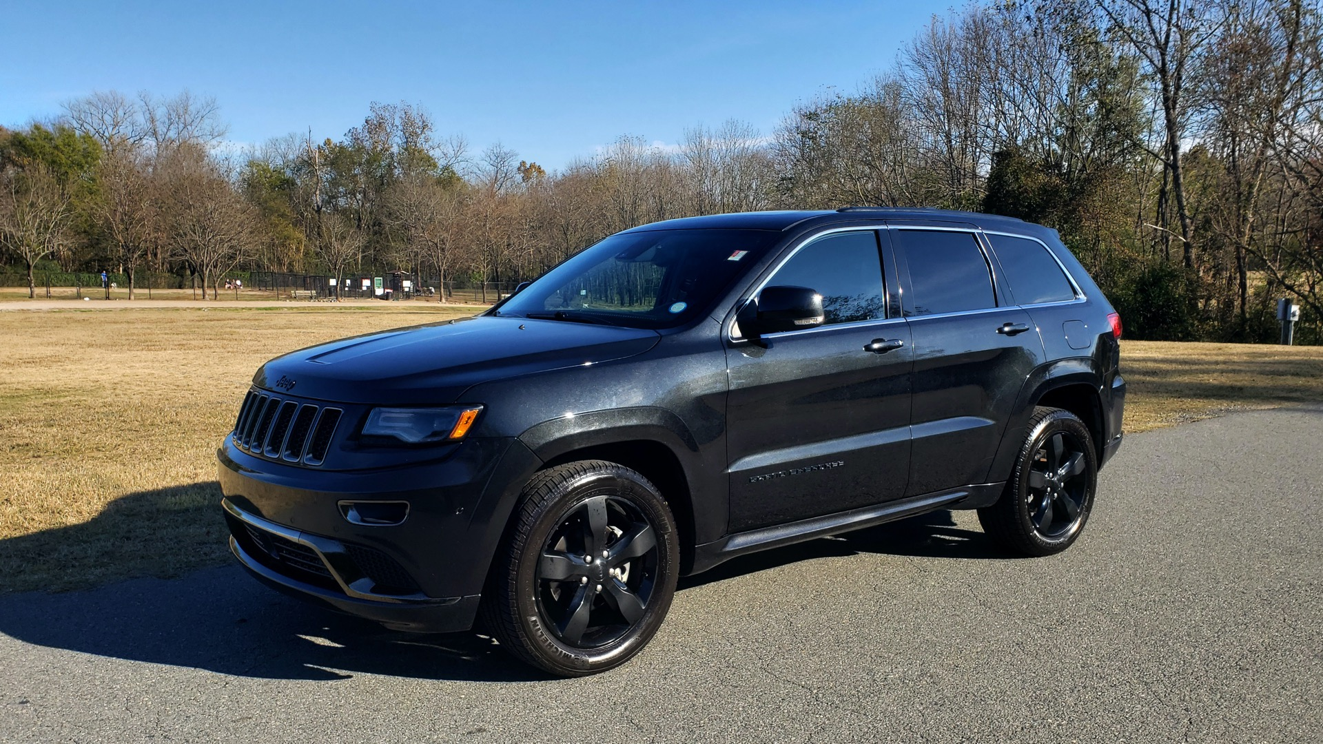 Used 2015 Jeep GRAND CHEROKEE HIGH ALTITUDE / NAV / SUNROOF / REARVIEW / TOW PKG for sale Sold at Formula Imports in Charlotte NC 28227 1