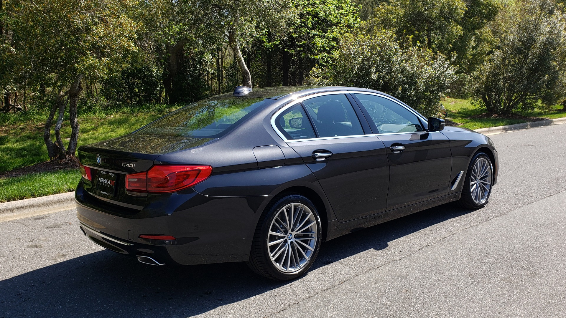 Used 2017 BMW 5 SERIES 540I PREMIUM / DRVR ASST PLUS / NAV / SNF / HARMAN/KARDON for sale Sold at Formula Imports in Charlotte NC 28227 6