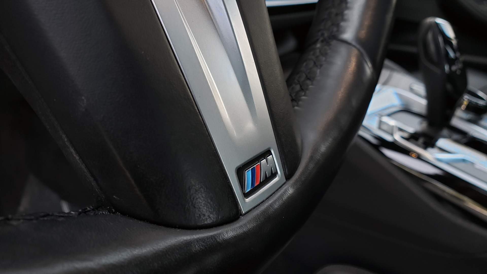 Used 2018 BMW 5 SERIES M550I XDRIVE / EXEC PKG / LUX / DRVR ASST / CLD WTHR / ACTIVE DR for sale Sold at Formula Imports in Charlotte NC 28227 41