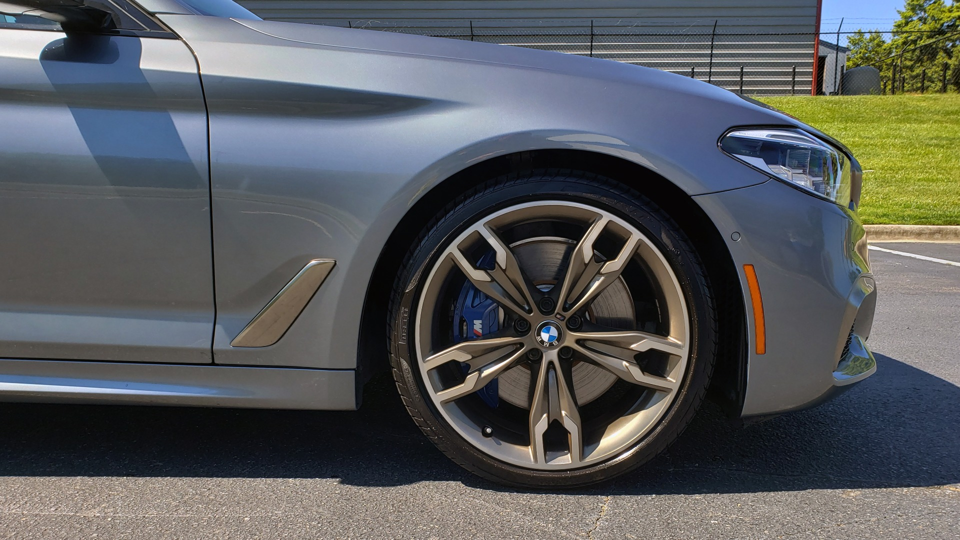 Used 2018 BMW 5 SERIES M550I XDRIVE / EXEC PKG / LUX / DRVR ASST / CLD WTHR / ACTIVE DR for sale Sold at Formula Imports in Charlotte NC 28227 89