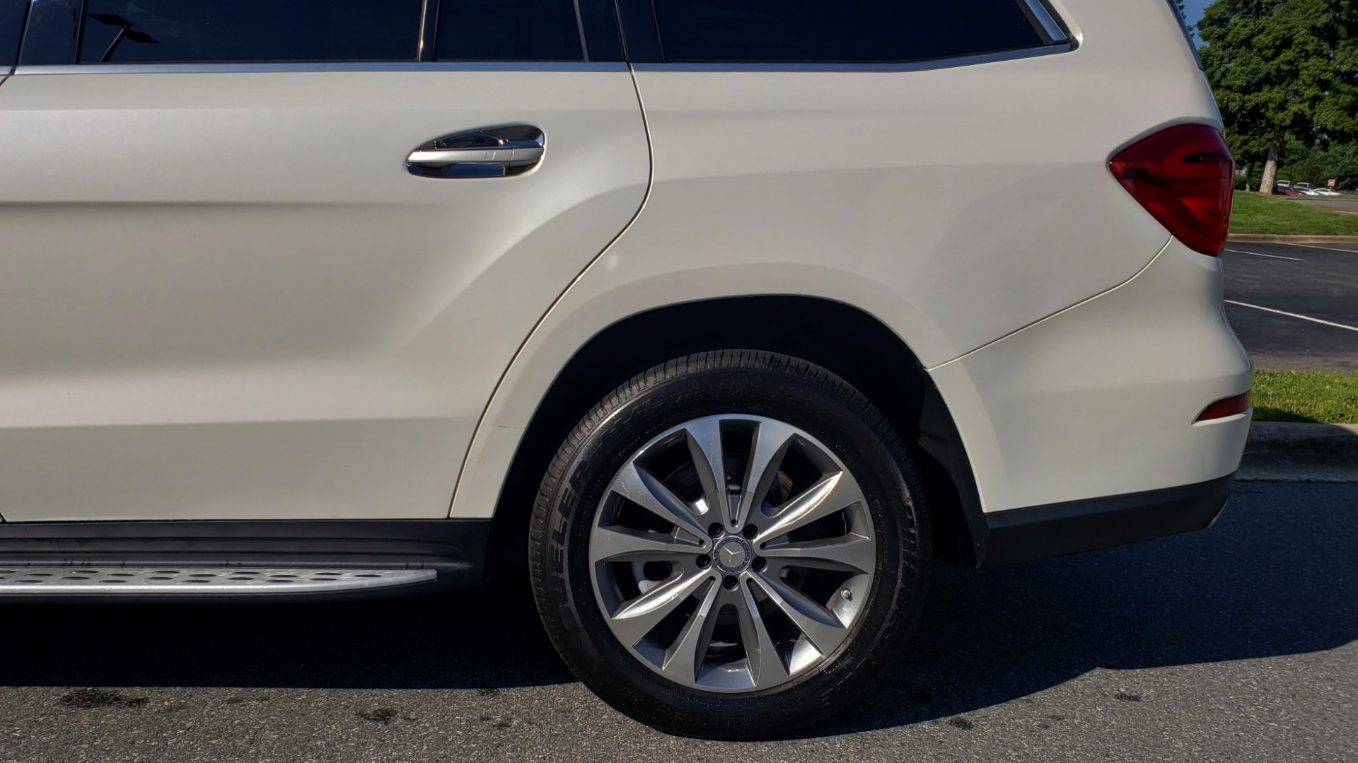 Used 2014 Mercedes-Benz GL-Class GL 450 PREMIUM / NAV / SUNROOF / 3-ROW / REARVIEW for sale Sold at Formula Imports in Charlotte NC 28227 89