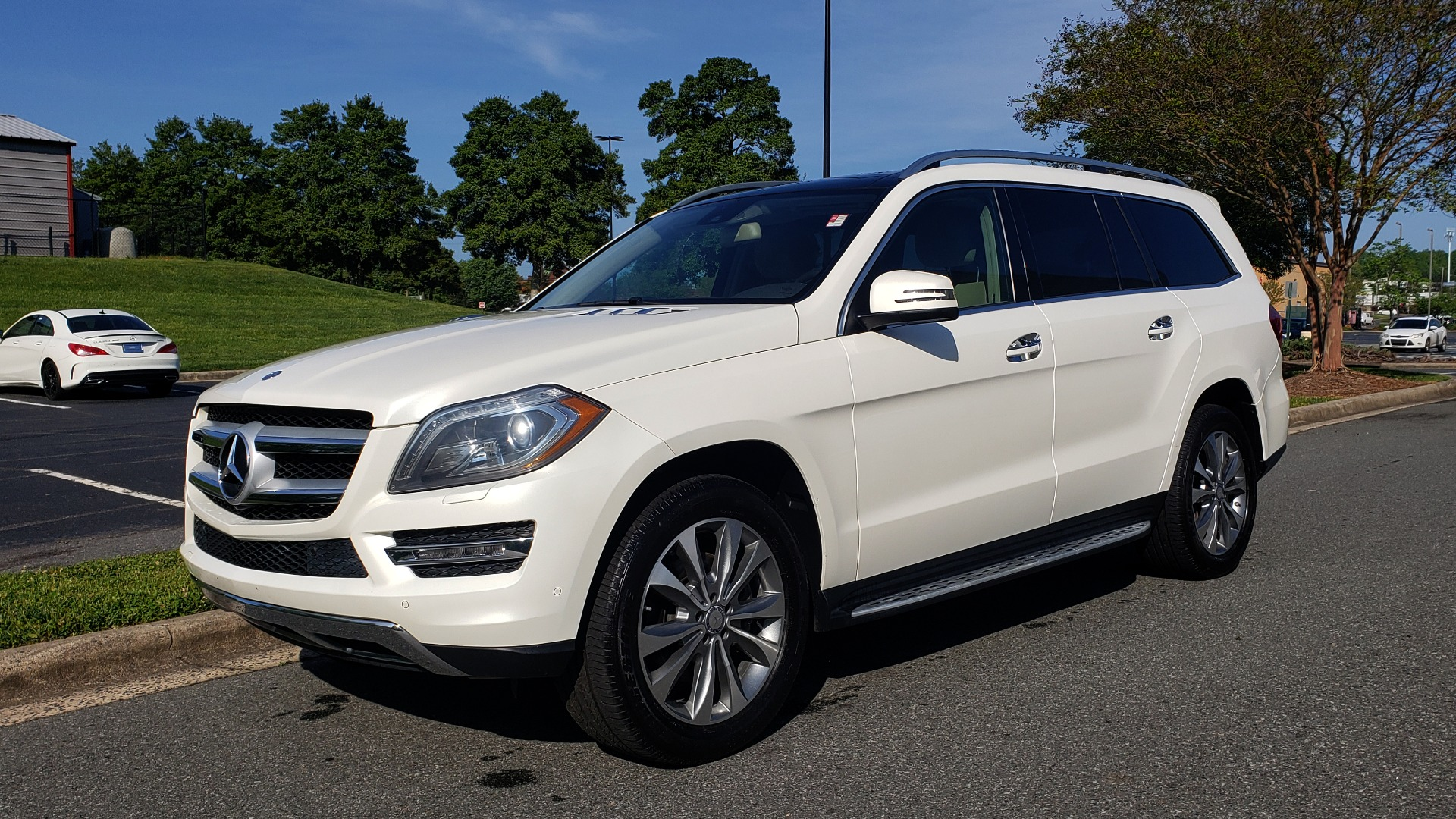 Used 2014 Mercedes-Benz GL-Class GL 450 PREMIUM / NAV / SUNROOF / 3-ROW / REARVIEW for sale Sold at Formula Imports in Charlotte NC 28227 1