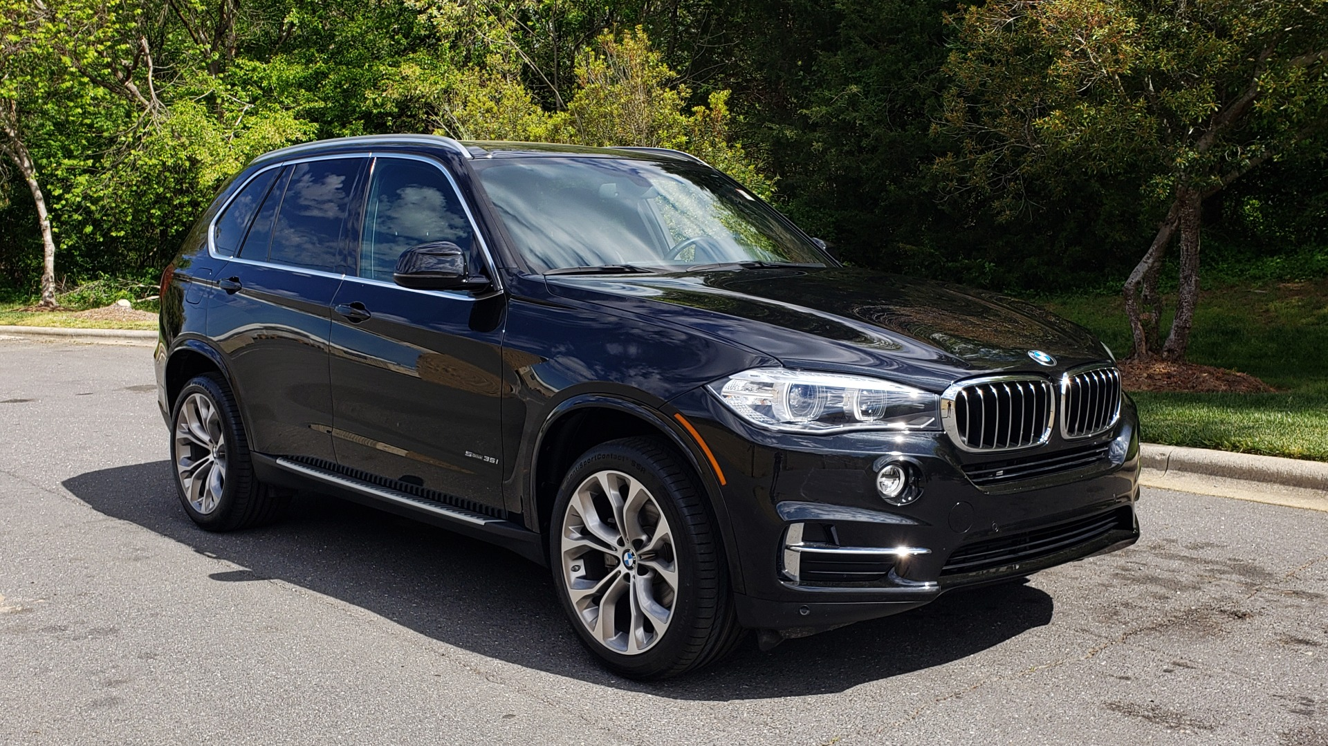 Used 2017 BMW X5 SDRIVE35I LUXURY / DRVR ASST / NAV / SUNROOF / REARVIEW for sale Sold at Formula Imports in Charlotte NC 28227 4