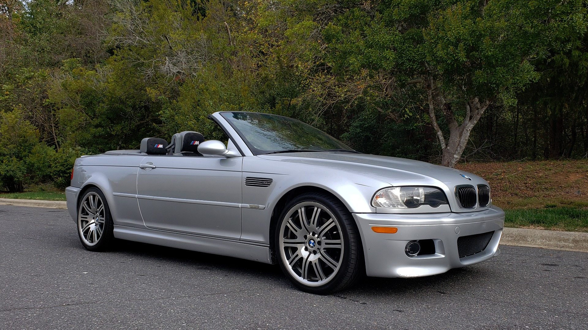 Used 2002 BMW M3 CONVERTIBLE / 6-SPD MAN / XENON / 19IN WHEELS for sale Sold at Formula Imports in Charlotte NC 28227 7