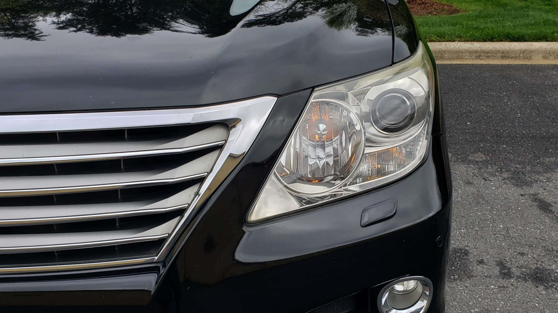 Used 2008 Lexus LX 570 4WD / TECH PKG / NAV / SUNROOF / MARK LEVINSON / PARK ASST for sale $22,995 at Formula Imports in Charlotte NC 28227 22