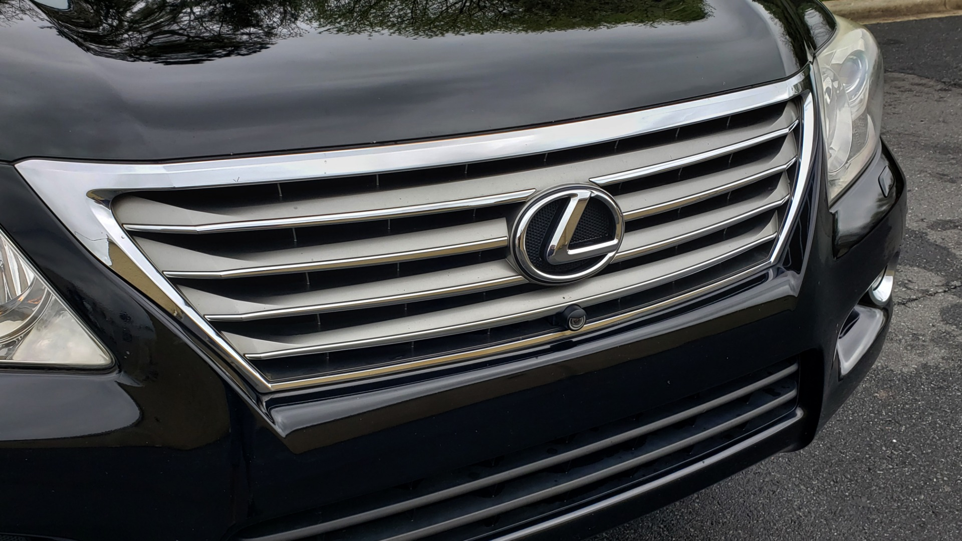 Used 2008 Lexus LX 570 4WD / TECH PKG / NAV / SUNROOF / MARK LEVINSON / PARK ASST for sale $22,995 at Formula Imports in Charlotte NC 28227 23
