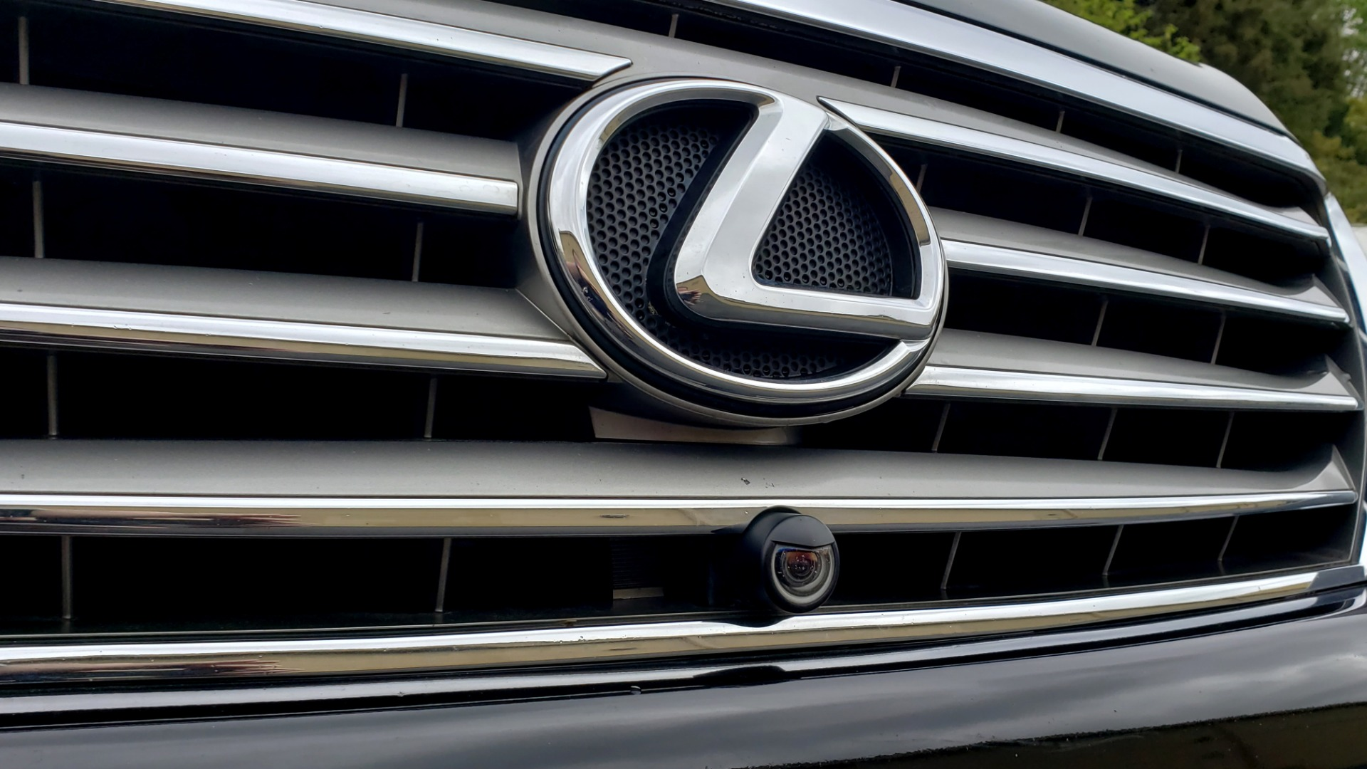 Used 2008 Lexus LX 570 4WD / TECH PKG / NAV / SUNROOF / MARK LEVINSON / PARK ASST for sale $22,995 at Formula Imports in Charlotte NC 28227 24