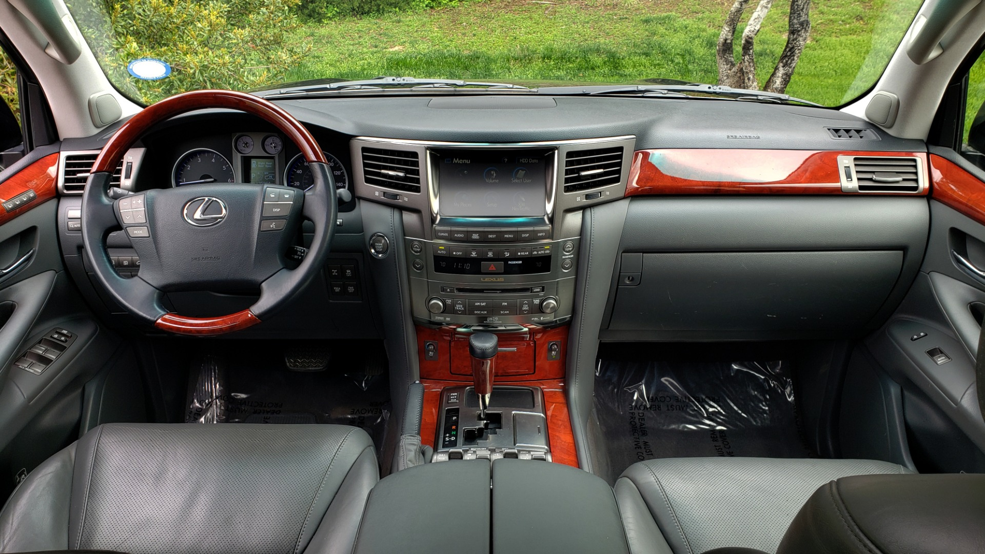 Used 2008 Lexus LX 570 4WD / TECH PKG / NAV / SUNROOF / MARK LEVINSON / PARK ASST for sale $22,995 at Formula Imports in Charlotte NC 28227 82