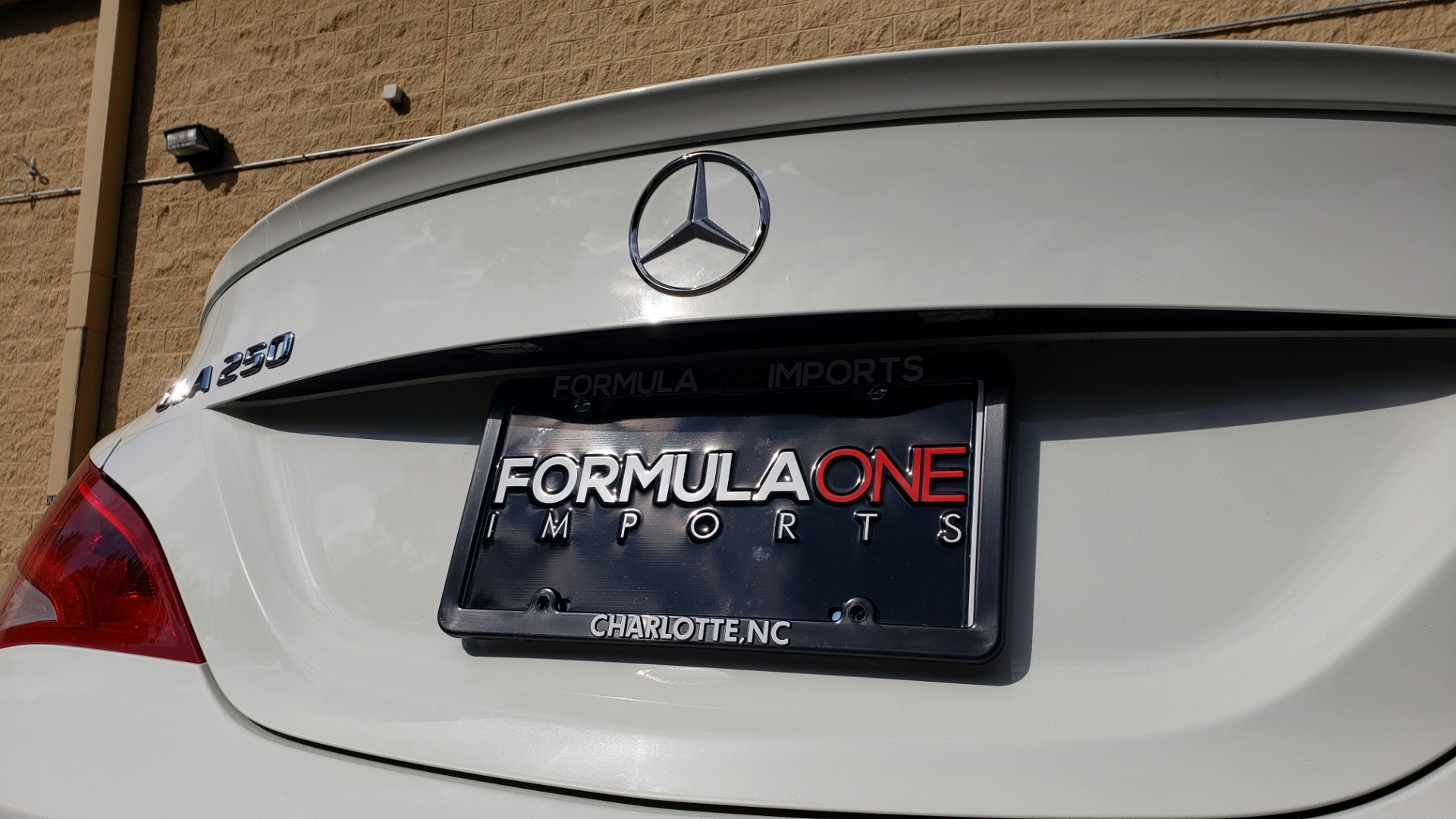Used 2015 Mercedes-Benz CLA-Class CLA250 / FWD / SUNROOF / SPORT SUSP / CAMERA for sale Sold at Formula One Imports in Charlotte NC 28227 24