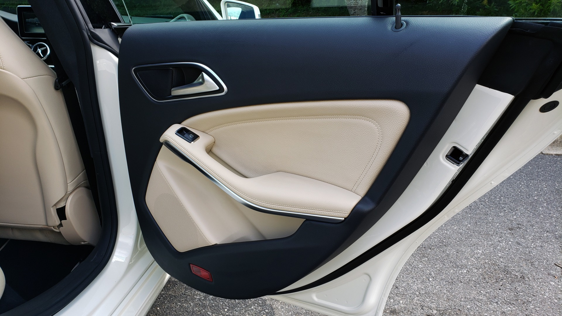 Used 2015 Mercedes-Benz CLA-Class CLA250 / FWD / SUNROOF / SPORT SUSP / CAMERA for sale Sold at Formula One Imports in Charlotte NC 28227 61
