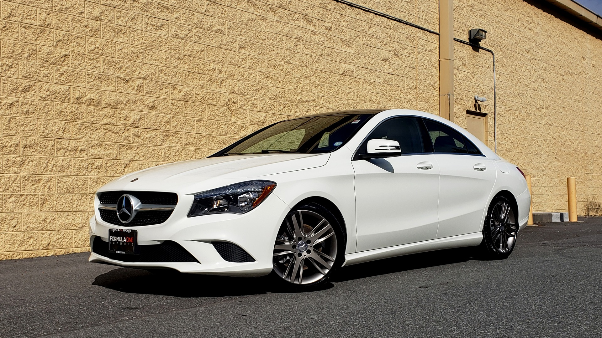 Used 2015 Mercedes-Benz CLA-Class CLA250 / FWD / SUNROOF / SPORT SUSP / CAMERA for sale Sold at Formula One Imports in Charlotte NC 28227 1