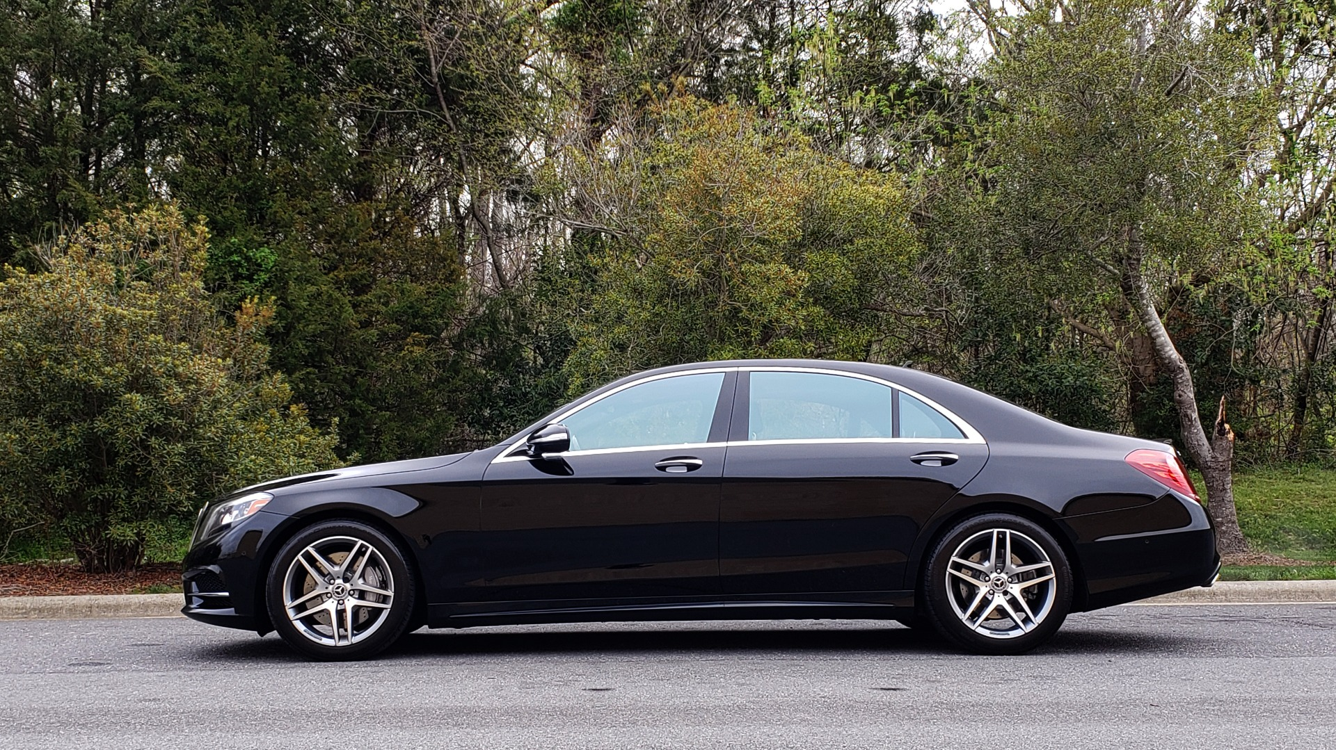 Used 2017 Mercedes-Benz S-CLASS S 550 4MATIC SPORT / PREM PKG / WARMTH & COMFORT / KEYLESS-GO for sale Sold at Formula Imports in Charlotte NC 28227 2