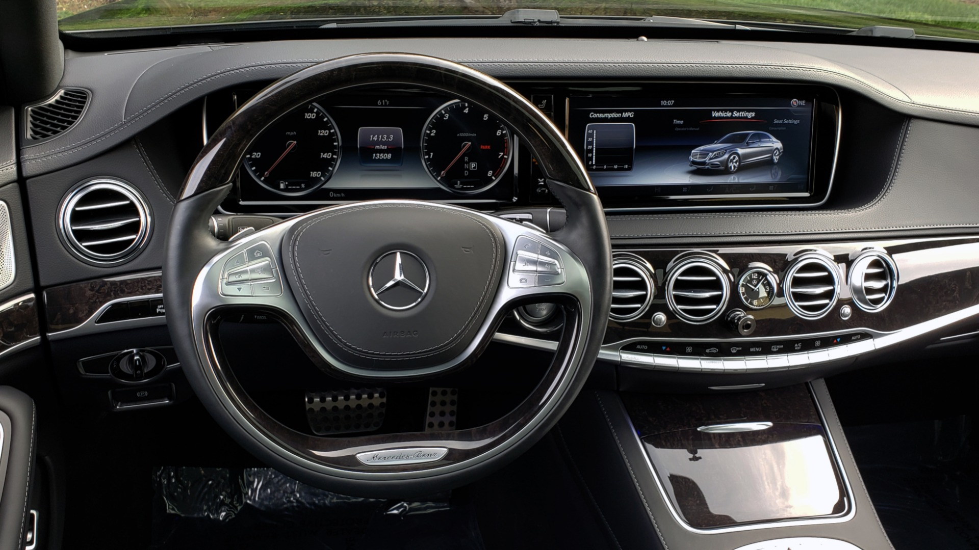 Used 2017 Mercedes-Benz S-CLASS S 550 4MATIC SPORT / PREM PKG / WARMTH & COMFORT / KEYLESS-GO for sale Sold at Formula Imports in Charlotte NC 28227 44